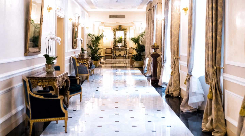Matrimonio Country Chic Bologna : Hotel di lusso stelle in centro a bologna grand hotel majestic