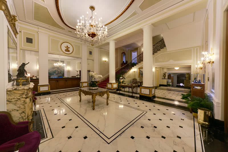 Il marmo protagonista al grand hotel majestic grand hotel
